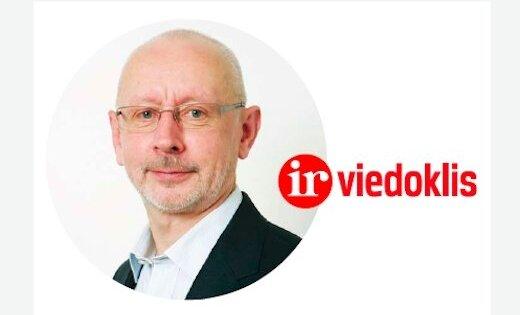 Aivars Ozoliņš, 'Ir': Atkāpies, Ušakov!