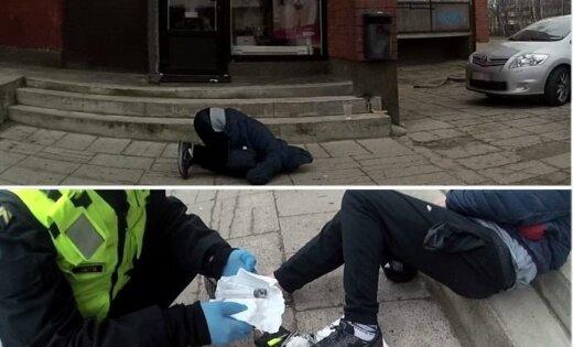 Ильгюциемс: на улице нашли наркомана, заснувшего в странной позе