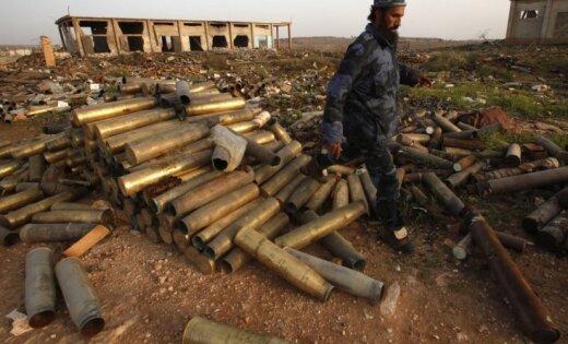 HRW: Lībijā neapsargāti mētājas Kadafi režīma smagie ieroči