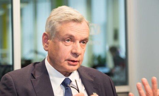 """Экс-чиновница МОН: часть реформ Шадурскиса может быть """"заморожена"""" политически"""