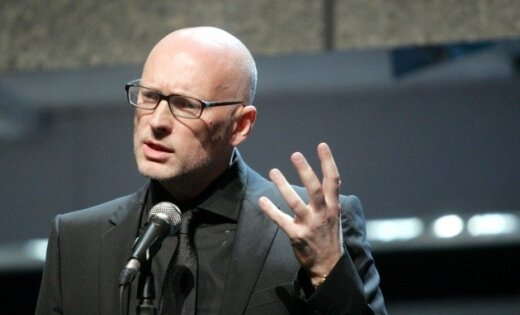 Херманис обвинил Путина, пришедшего на его спектакль, в бесчестном поведении