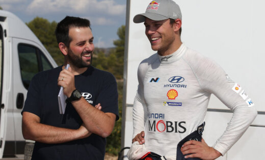 'Hyundai' WRC komanda paraksta divu gadu līgumu ar Andreasu Mikelsenu