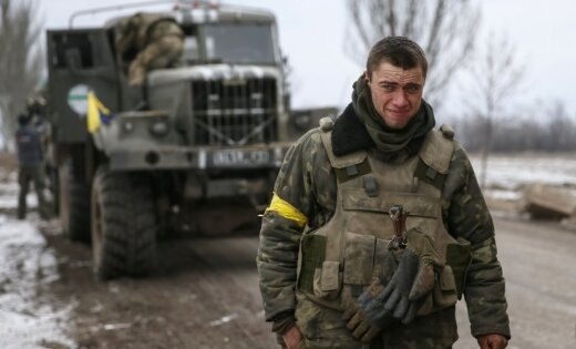 Латвия прислала Киеву медицинскую технику в подарок