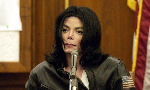 Privātais ārsts apgalvo, ka Maikls Džeksons bērnībā ticis ķīmiski kastrēts