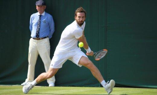 Гулбис вновь стал первой ракеткой Латвии, а Федерер вернулся в топ-3 рейтинга
