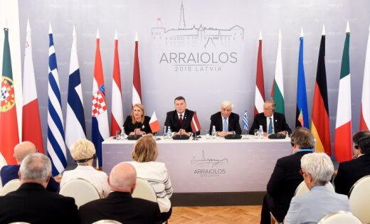 Вейонис: ЕС слишком осторожно признавал проблемы и опаздывал с важными для общества решениями
