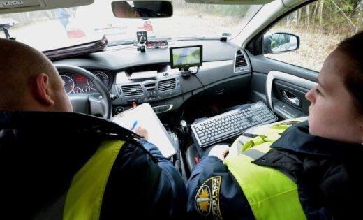 Policija trešdien sodījusi 230 ātruma pārkāpējus
