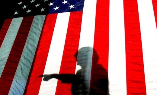 Par iejaukšanos ASV vēlēšanās apsūdz 12 Krievijas izlūkošanas virsniekus