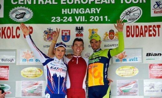 Latvijas riteņbraucējs Andris Smirnovs uzvar sacensībās Ungārijā