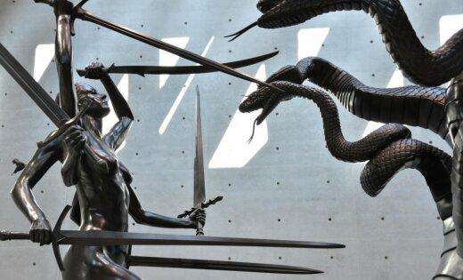Foto: Mūsdienu mākslas ekscentriķa Demjena Hērsta jaunā izstāde Venēcijā