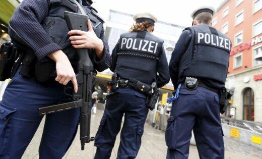 Германия: гражданин Латвии пытался украсть из аптеки дорогой парфюм