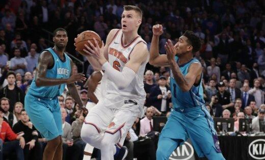 Porziņģa aukstasinība un rezultativitāte nodrošina 'Knicks' uzvaru
