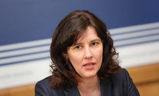 """Минфин пересмотрел бюджет и нашел """"лишние"""" 50 миллионов евро"""
