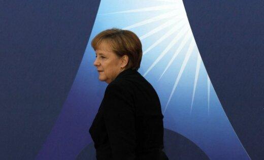 Merkele: Eiropas finanšu sakārtošanai būs nepieciešami desmit gadi