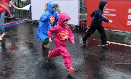 Sākas pieteikšanās 'Lattelecom' Rīgas maratona 'Rimi' Bērnu dienai