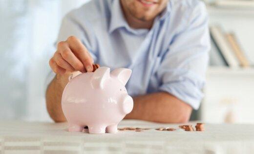 Более трети латвийцев зарабатывают свыше 700 евро в месяц