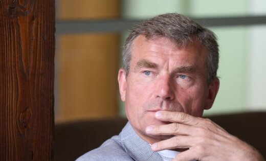 СМИ: бывший миллионер Янис Наглис работает таксистом