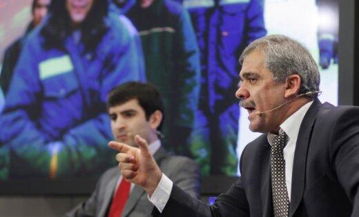 Руководителя движения «Таджикские трудовые мигранты» Каромата Шарипова минувшей ночью выдворили вТаджикистан