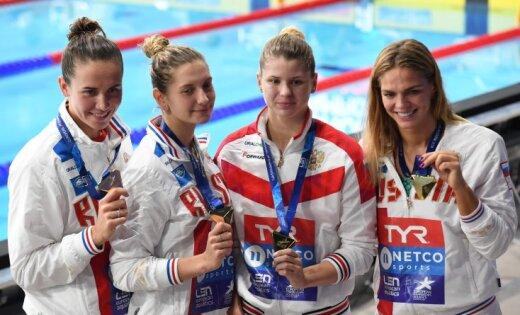 Российские пловцы выиграли чемпионат Европы, у Ефимовой четыре золота