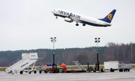 Ryanair отменил десятки рейсов чтоб дать отпуск своим сотрудникам