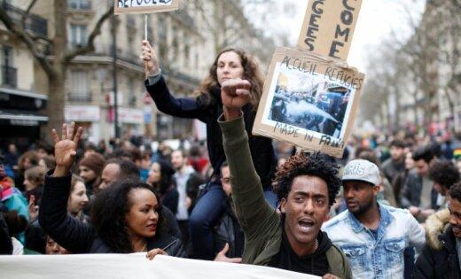 В Париже произошли стычки демонстрантов с полицией