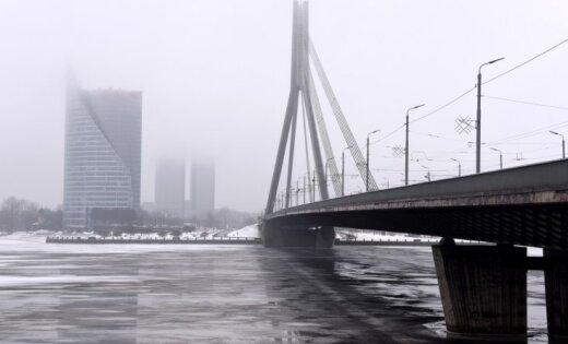 Власти Риги изучают три варианта приведения в порядок Вантового моста