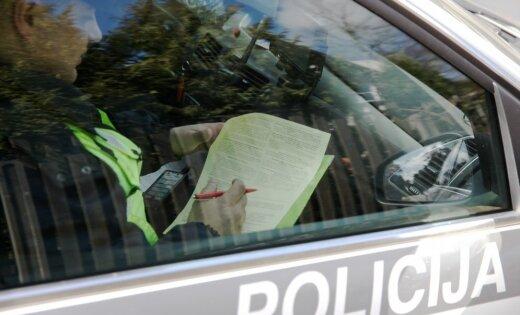 Pirmdien ceļu satiksmes negadījumos bojā gājis viens cilvēks