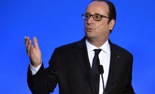 Олланд призвал Европу дать жесткий ответ на заявления Трампа