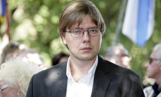 Ušakovs nogādāts Vācijas klīnikā