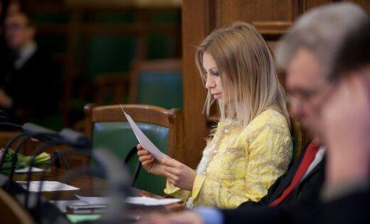 Saeima konceptuāli atbalsta Lisabonas līguma 'finanšu stabilitātes' grozījumus