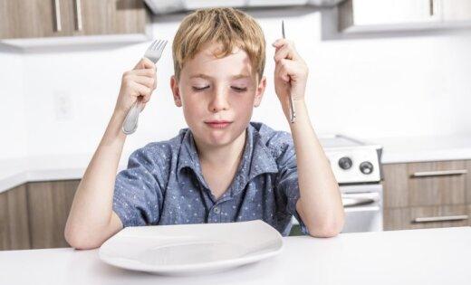 Tikai piektā daļa jauniešu regulāri ēd brokastis, liecina aptauja