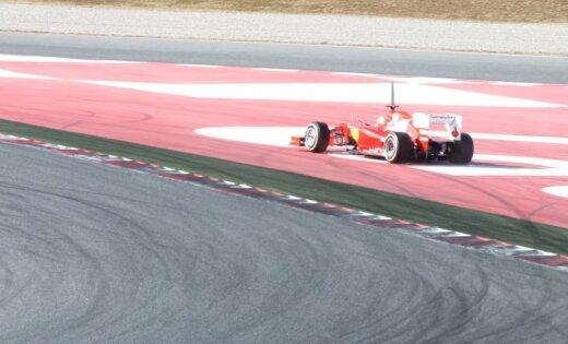 Fernando Alonso: 'Iespējams, mēs nebūsim lēnāki par konkurentiem'