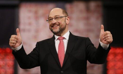 Соперник Меркель на выборах пообещал бороться с популизмом