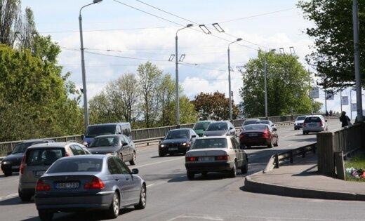 В Риге начата реконструкция Деглавского моста