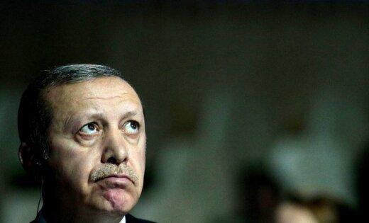 Erdogans draud iznīcināt kurdu kaujiniekus Sīrijā