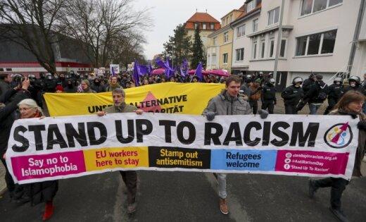 Столкновения иводометы: ВГанновере протестуют против «Альтернативы для Германии»