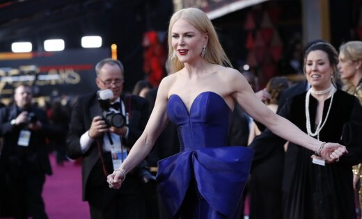 Šedevrs vai katastrofa: Nikola Kidmena samulsina ar tērpu