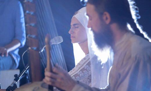 Ригу посетит певица, учитель медитации и кундалини-йоги Симрит Каур