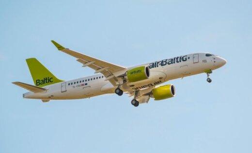 За неделю в двух самолетах компании airBaltic, летевших из Риги, произошли ЧП