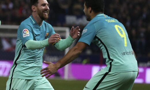 Barcelona Lionel Messi with Luis Suarez