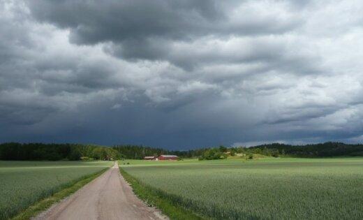 С запада на Латвию надвигается холодный атмосферный фронт