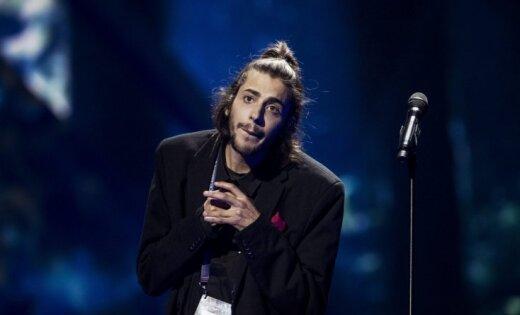 Победитель «Евровидения-2017» португалец Сальвадор Собрал ожидает пересадки сердца вбольничной палате