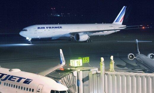Мышь надвое суток задержала рейс авиакомпании Air France