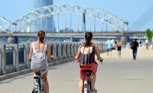 В воскресенье в Латвии ожидается жара до +27 градусов