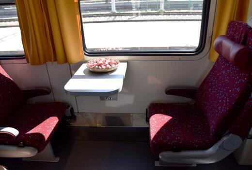 "€1,15 млн. за вагон. 40 фото первого модернизированного поезда ""Рига-Сигулда""!"