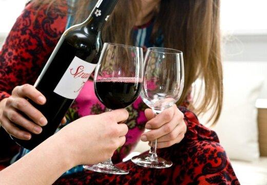 Исследование: женский алкоголизм является причиной каждого седьмого развода