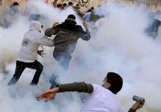 Протесты в Черногории: полиция применила газ