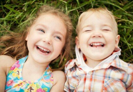 Ученые: маленькие дети могут перенимать друг у друга черты личности