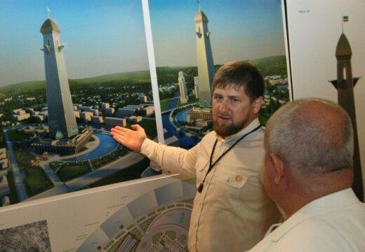 Кадыров призвал россиян отказаться от Европы и повернуться лицом к отечеству