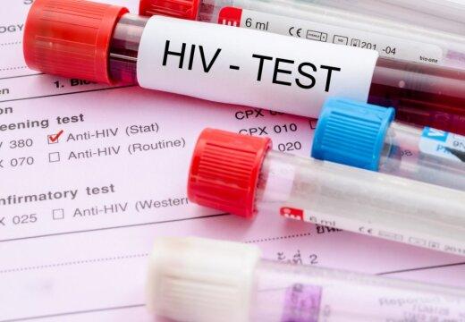 ВИЧ в Латвии: среди зараженных все больше 50-летних женщин